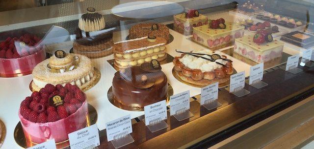 華やかなフランスのケーキ